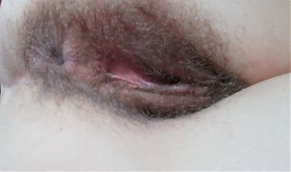 Hairy pussy Teen