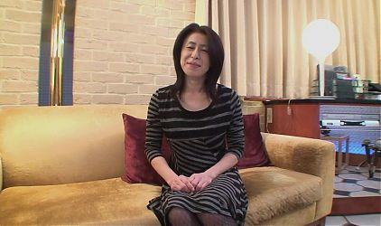MATURE MILF casting from japan - hairy pussy hardcore